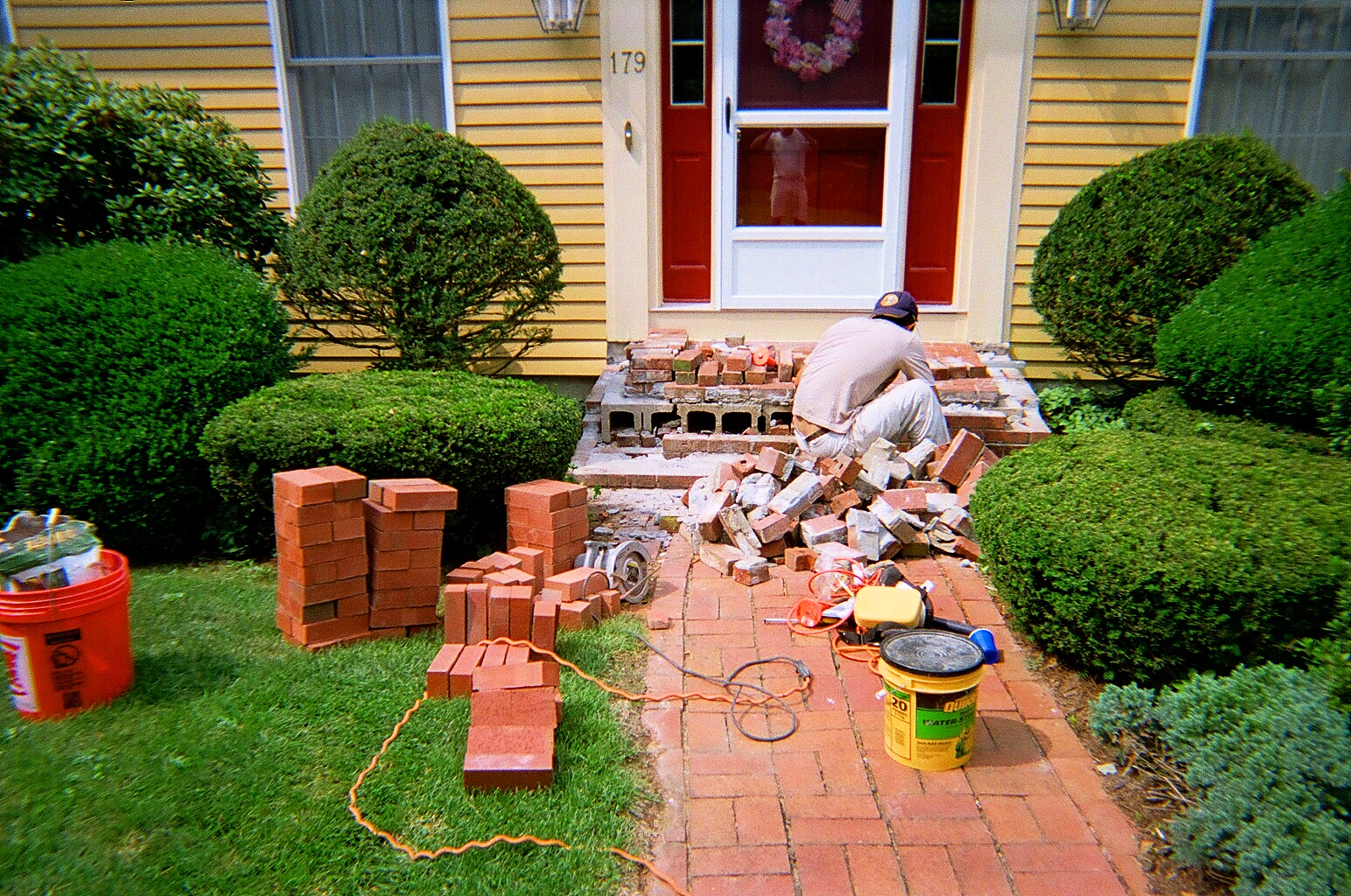 Brick and stone masonry installation and repair